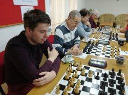 V 7. kole obl.přeboru s Novými Losinami vítězně a na všech šachovnicíh bez porážky